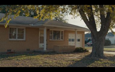 3. Albero e casa rimasti soli
